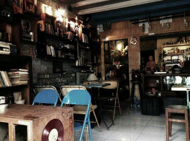 Cafe Saigon cũ