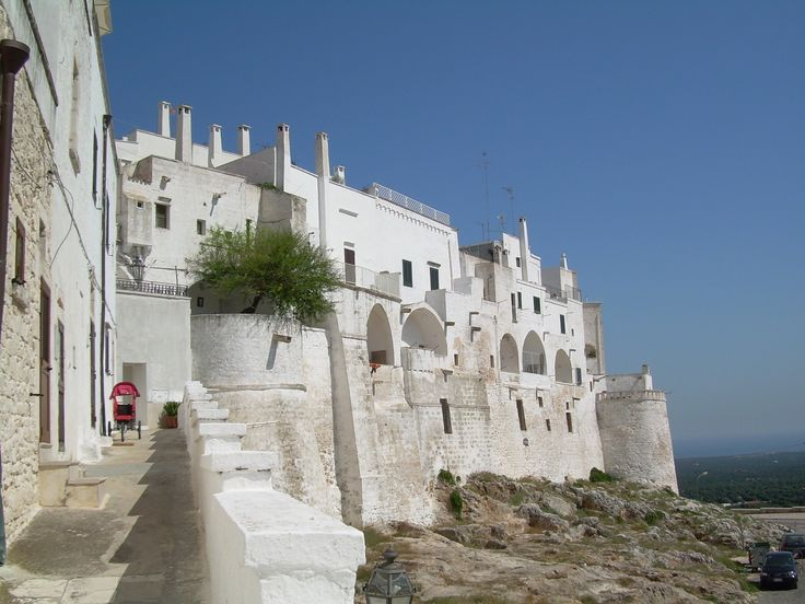 "Ostuni ""The white city"" ... info@appartamentivacanzeitalia.com"