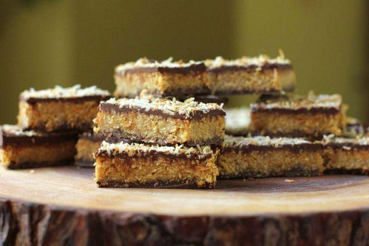 Almás csokoládés szelet sütés nélkül – a gyermekeink kedvence!