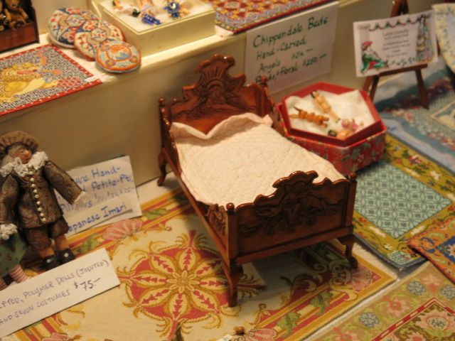 Miniature Enthusiasts of Toronto Show 2014 Hand-carved bed by Laura Lisowsky