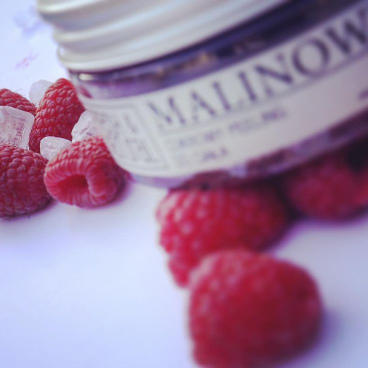 "Polubienia: 176, komentarze: 4 – Fresh&Natural (@fresh.and.natural) na Instagramie: ""Raspberry scrub 🤗😍 #skincare #organic #instagood #polishcosmetics #bio #scrub @fresh.and.natural…"""
