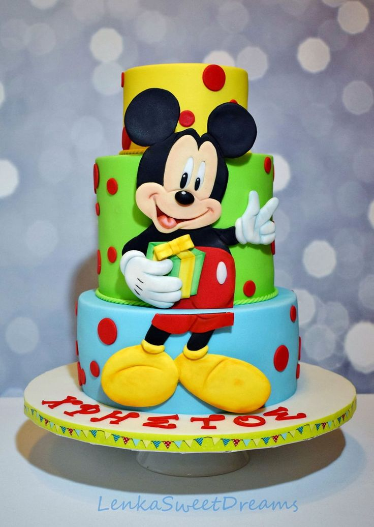 Mickey Mouse Birthday Cake.  Mickey Mouse Birthday Cake. Mickey Mouse birthday cake for a little boy. Mickey is showing the kid's age with his fingers!  #featured-cakes #disney #mickey-mouse #top-cakes #cakecentral