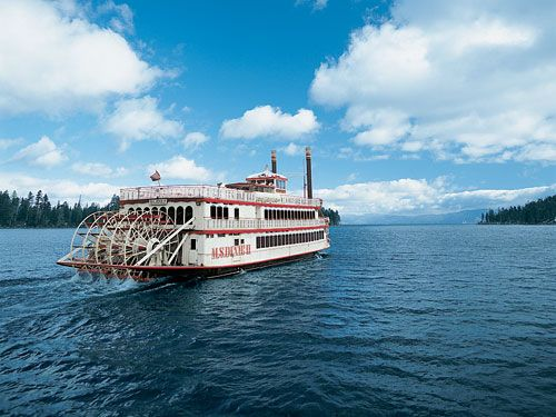 Tahoe boat cruises to Emerald Bay are an absolute must – offering views of some of the most incredible scenery in the world. Come aboard and enjoy a good dose of South Lake Tahoe history with our Captain's live narration as paddlewheelers bring you one of the most photographed natural attractions in the world.