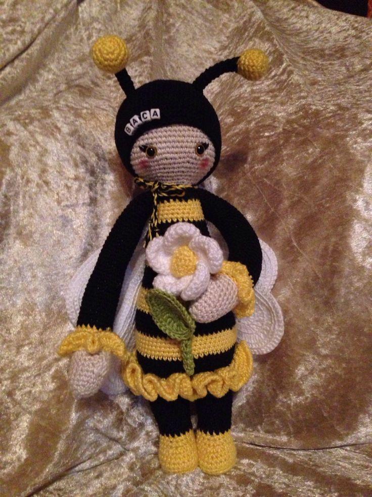 bee mod made by Sonja F. / crochet pattern by lalylala
