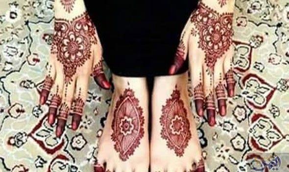 الحن اء زينة الأنامل وعطر الطبيعة الفاخر والموروث الإماراتي الفو اح Henna Hand Tattoo Hand Henna Hand Tattoos