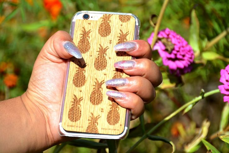 🍍#nails #ongles #case #coque #woodstuck @wood_stuck #bois #coquenbois #naturel #amazing #coqueananas🍍 #coquesananas #amazing #love #blog #blogger #bloggeusemode #modeuse #frenchblogger
