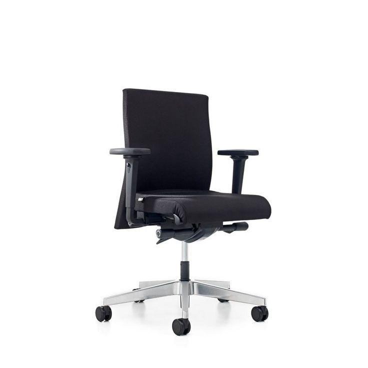 Behalve een kantoorruimte huren helpt KRV – Kantoorproducten je ook graag bij de inrichting van het kantoor. Binnen onze webshop kan je een zeer divers aanbod aan kantoormeubilair vinden. Hierbij de top 10 bureaustoelen van 2017. Deze top 10 is samengesteld op basis van drie pijlers: Feedback van onze klanten Comfort en veiligheid Meest verkochte …