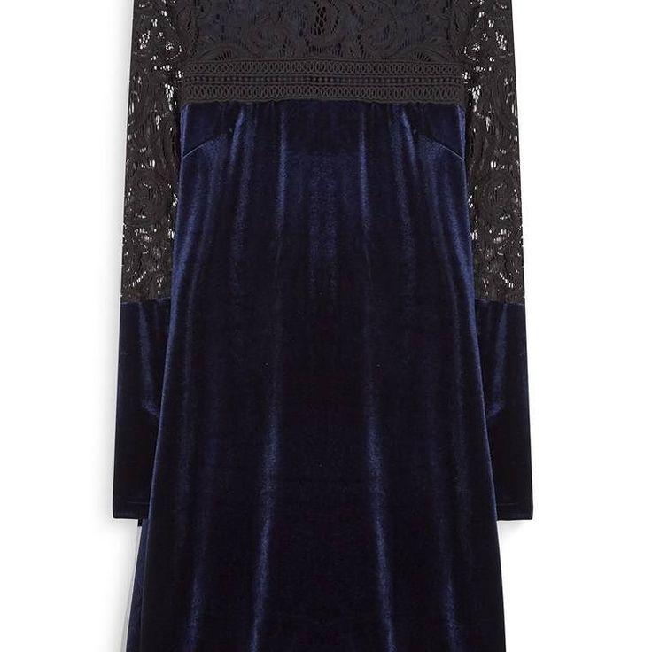Vestido de Terciopelo azul marino  Categoría:#primark_mujer #ropa_de_mujer #vestidos en #PRIMARK #PRIMANIA #primarkespaña  Más detalles en: http://ift.tt/2B3a9WU
