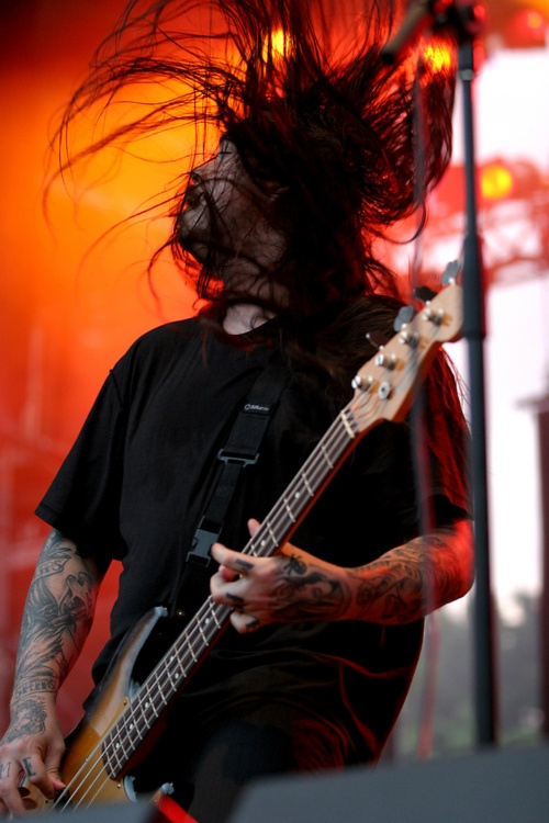 R.I.P. Chi Cheng, former bassist from Deftones