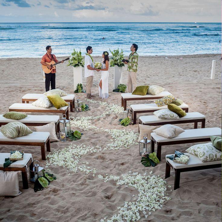 best beach wedding locations on budget%0A Wedding Venues Oahu   Moana Surfrider  A Westin Resort  u     Spa  Wedding  Venues
