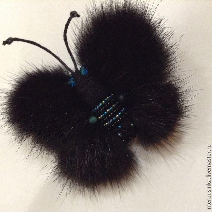 Купить Брошь бабочка из меха норки и бисера. - черный, меховая брошь бабочка, бисер, кружево