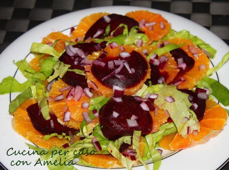 Un contorno light pronto in 5 minuti dal gusto tutto da scoprire...  http://blog.giallozafferano.it/cucinaconamelia/insalata-barbabietola-e-arance-ricetta/