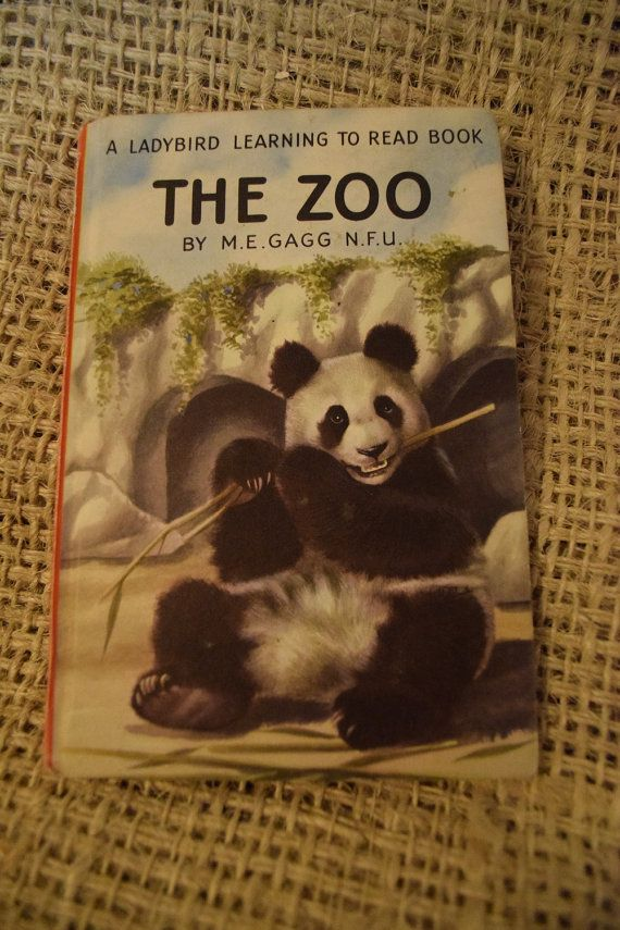 The Zoo. A Ladybird Learning to Read Book. Children's by BookBugs