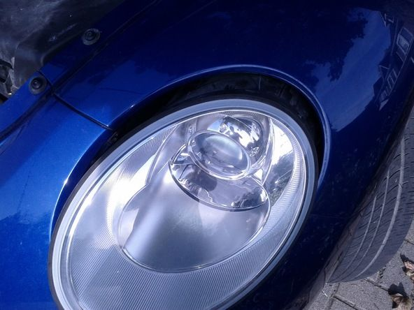 Volkswagen New Beetle Headlight Bulb Replacement - iFixit
