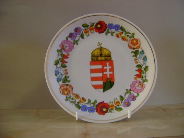 Kalocsai porcelán. Hungary