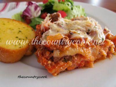 The Country Cook: Crock Pot Lasagna