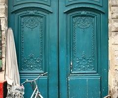aqua doors in Paris