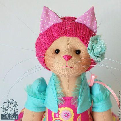 Fabric kitty doll / Игрушки животные, ручной работы. Ярмарка Мастеров - ручная работа. Купить Кошка Lin. Handmade. Фуксия, кошка игрушка