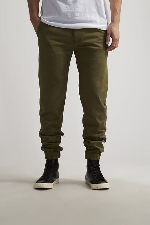 Chino Jogger - Levi's - Joggers : JackThreads