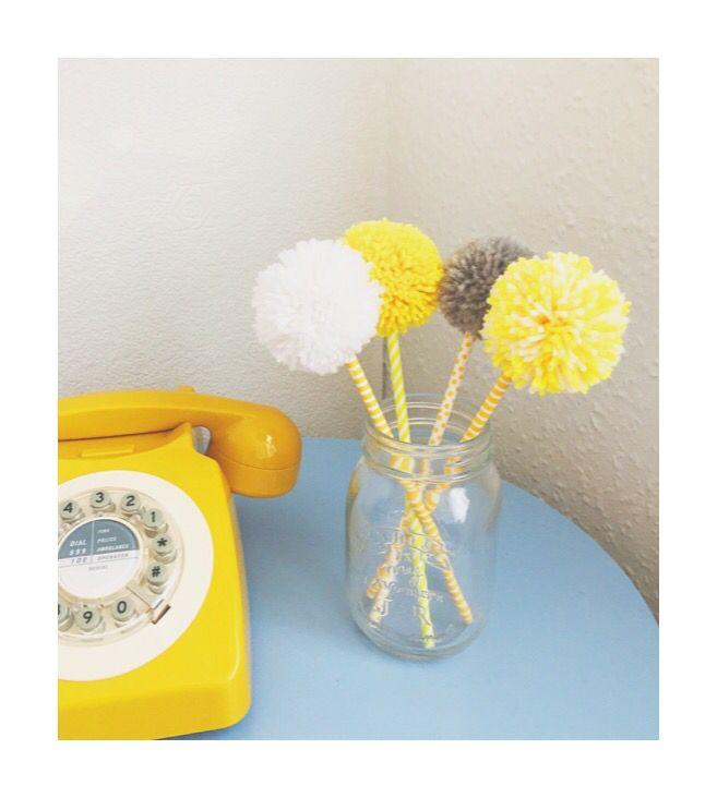 Flower Pom Poms #fantasticcraftyfox