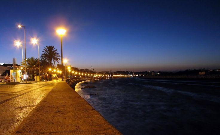 lagos portugal at night