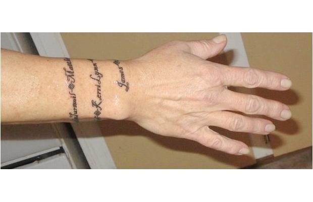 M s de 25 ideas incre bles sobre envolver alrededor de for Atomic tattoo lakeland fl