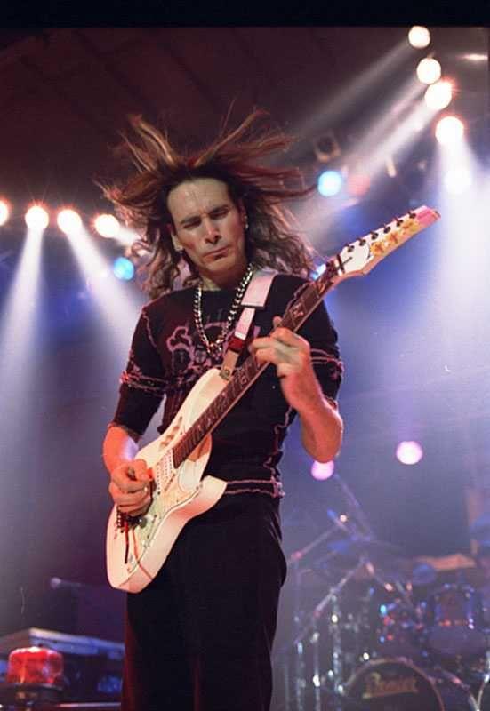 Steve Vai ! - Download / Buy the Guitar Album - SHREDWORX - on ITunes , Googleplay , or CDBABY.com