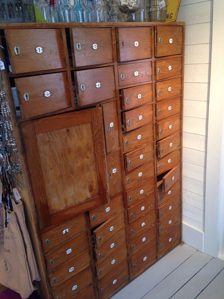 Gammalt Koksbord Till Salu : SoLD Underbart gammalt postskop m emaljskyltar Prillig  Till salu