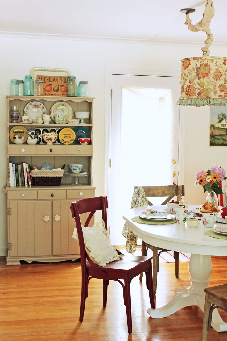 Eclectic Vintage Dining Room Love