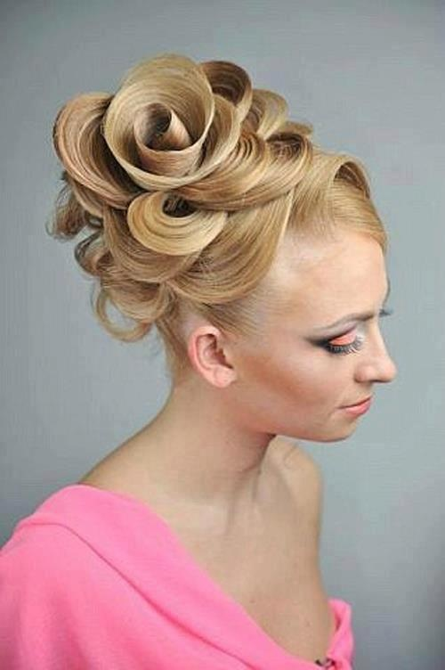 17 Best images about Russian hairstyles on Pinterest | Updo, Russian style and Rose bun
