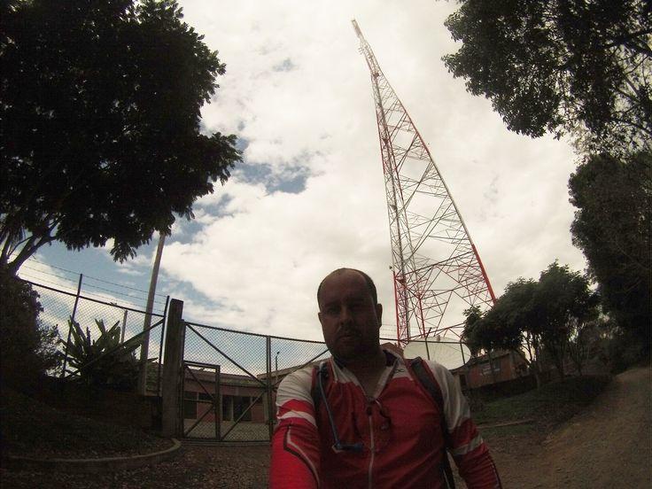 Antenas, cerca a Monterrey.