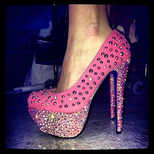 I could never wear these but they would be pretty to look at!