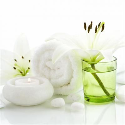 17 best images about green white country cottage on pinterest white flowers green and - Salon toilettage zen attitude ...