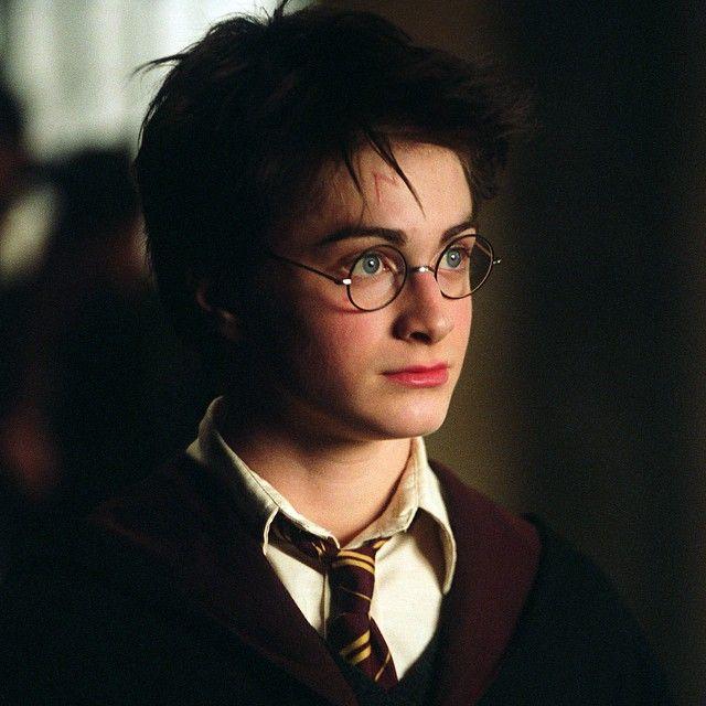 Harry Potter E Uma Serie De Sete Romances De Fantasia Escrita Pela Autora Britanica J K Rowling O Arco De Histo Daniel Radcliffe Lord Voldemort Harry Potter