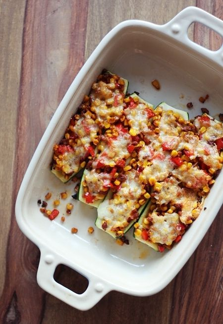 Gefüllte Zucchini – einfach, schnell und lecker! | eatbakelove