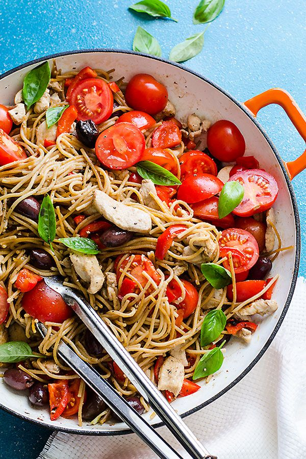 Chicken and Whole Wheat Spaghetti - healthy whole wheat pasta recipe with chicken, olives, grape tomatoes and basil. | ifoodreal.com