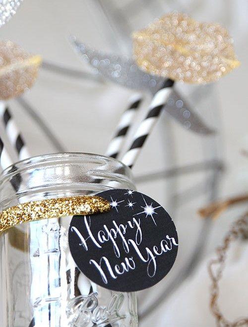 ¡Feliz año nuevo a todos! ✨ #añonuevo #happy #newyear #christmas #year2016 #brand #newbrand #bestbrand bestoutfits #newseason #ideas #modaflorencia #florenciashop #florencia #moda #fashion #chic #tendencias #outfitoftheyear #blogger #instagramers