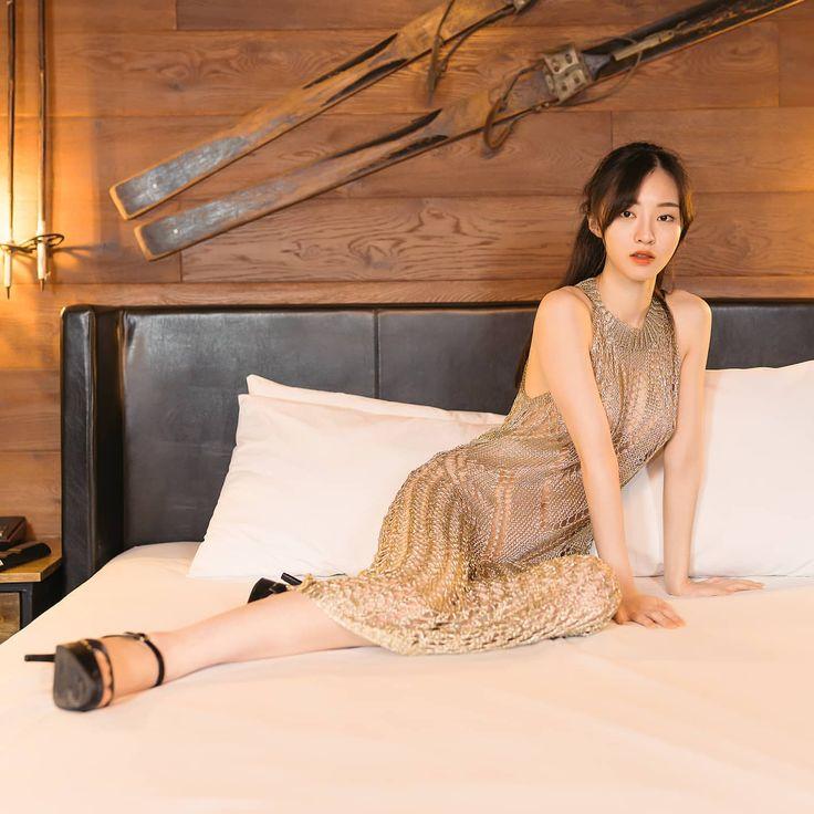 koreanmodel:  Hyoni Kang by Jung Ji Eun for Harpers