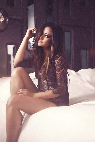 Shay Mitchell is EVERYTHING!