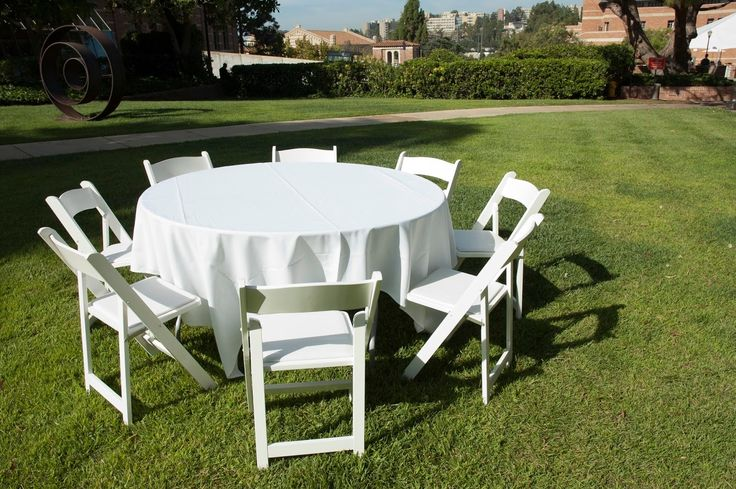 Renting Round Tables And Chairs