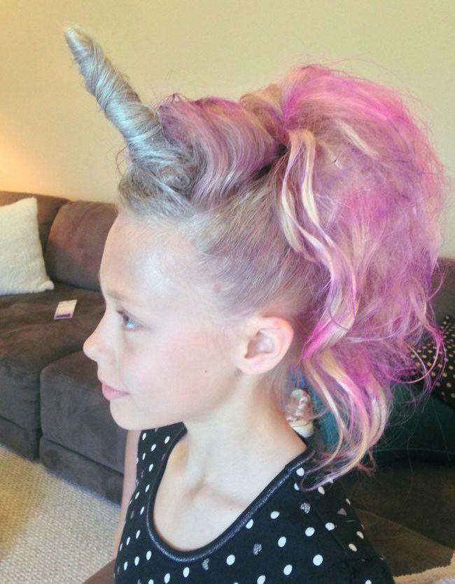 Peinado unicornio rosa