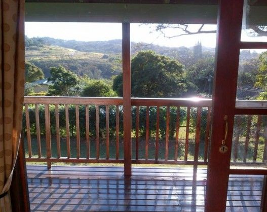 Eagle's Nest in Umtentweni (Sleeps 2) KZN South Coast. See More: http://www.where2stay-southafrica.com/Accommodation/Umtentweni/Eagle's_Nest