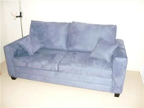 """Club """"A"""" 2.5 Seat Sofa Bed Wit 4 Inch Inner Spring Mattress"""