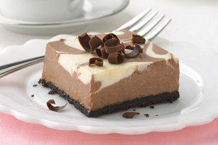 PHILADELPHIA Chocolate-Vanilla Swirl Cheesecake
