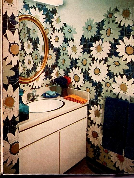 awesome bathroom wallpaper!