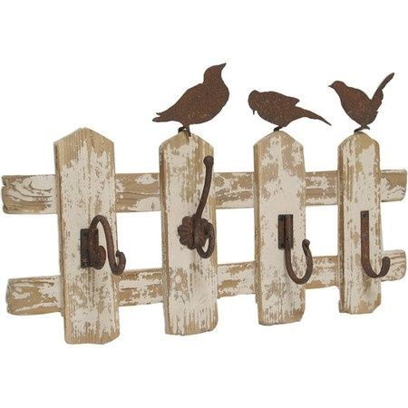 How cute would this be in a shabby chic mud room?