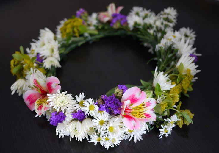 DIY Midsummer Flower Crown