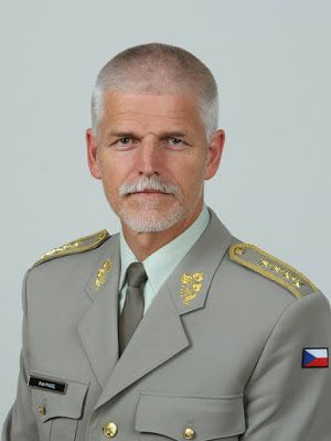 KDO TO BYL: Koho zvolit za příštího českého prezidenta? No, ge...