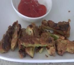 Pan-Fried Zucchini Fritters / Zucchini Ke Pakore Recipe Video by Eat East Indian | ifood.tv