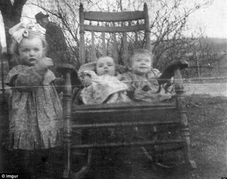 o-CREEPY-OLD-PHOTOBOMB-facebook.jpg (1536×1213)